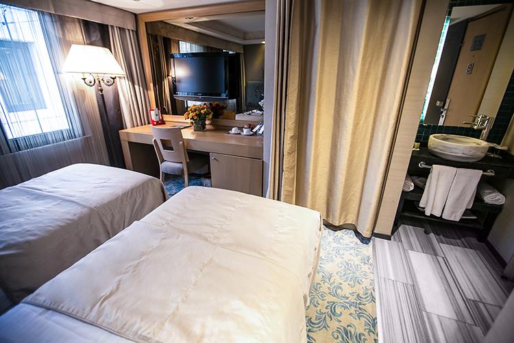 Economy-Room2